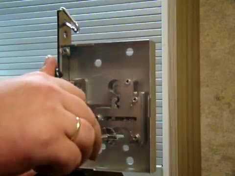 Как вскрыть замок советского сейфа