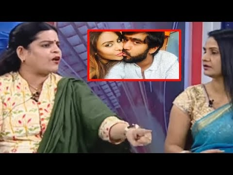 Karate Kalyani Uncontrolled Emotion In LIVE Debate | Mahaa Entertainment