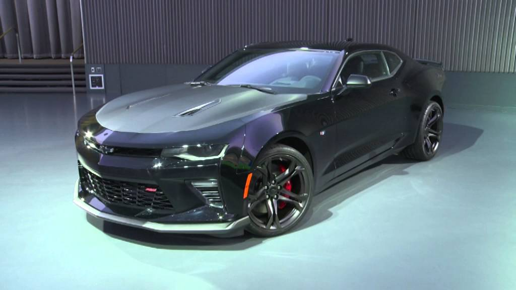 2017 Chevy Camaro 1LE SS V8 (Black) Walk-Around and ...