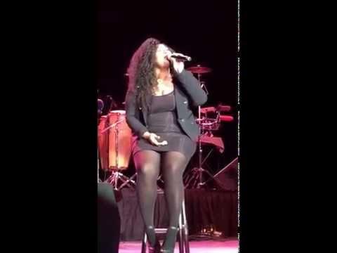 Jazmine Sullivan Sings - I Can't Make You Love Me (Live) 5/23/15
