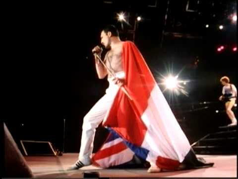 Queen - We Will Rock You (Live In Budapest - corrected version) Mp3