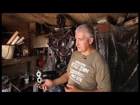 Смоленский умелец изготовил 300-килограммового Терминатора из металлолома