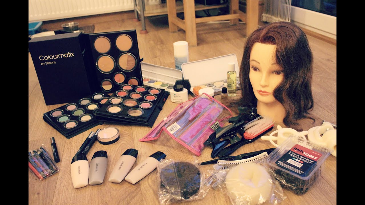 What S In My Student Make Up Kit Level 3 Diploma Media Theatrical