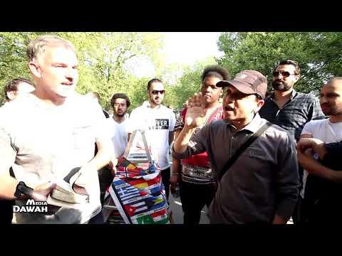 P2 - Twisting Truth! Mansur Vs Catholic Christian | Speakers Corner | Hyde Park