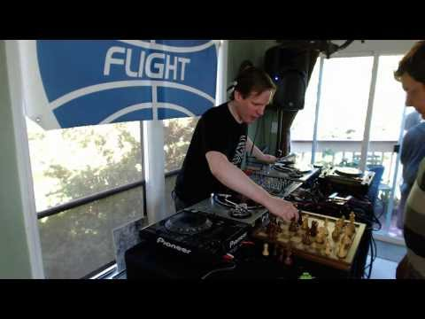 Andrew Boie - All-Vinyl ultra-deep techno DJ Set & Chess Game - FMPDX August 2013