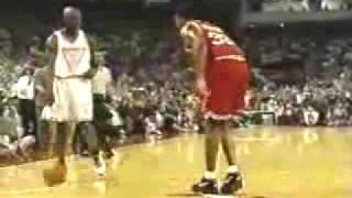 Michael Jordan Vs Scottie Pippen