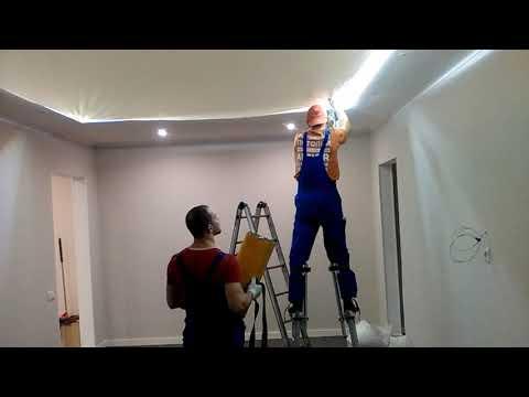 LED лента за натяжным потолком