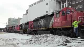 CN Switching Downtown Cedar Rapids,IA
