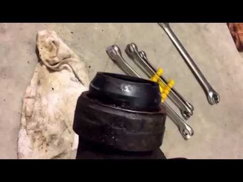 Ford c6 transmission output shaft seal and bushing replacement