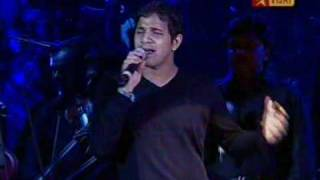 Usure Pogudhey - Live Performance