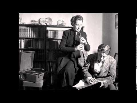 Pergolesi-Barbirolli Oboe Concerto (Rothwell, 1948)