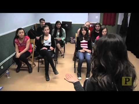 """""""LIFE WITH LAURA"""": Laura Benanti Teaches a Master Class for Young Actors"""