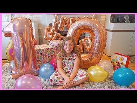 Ava's 10th Birthday Opening Presents! Fun with Ava Isla and Olivia Fun Family Three