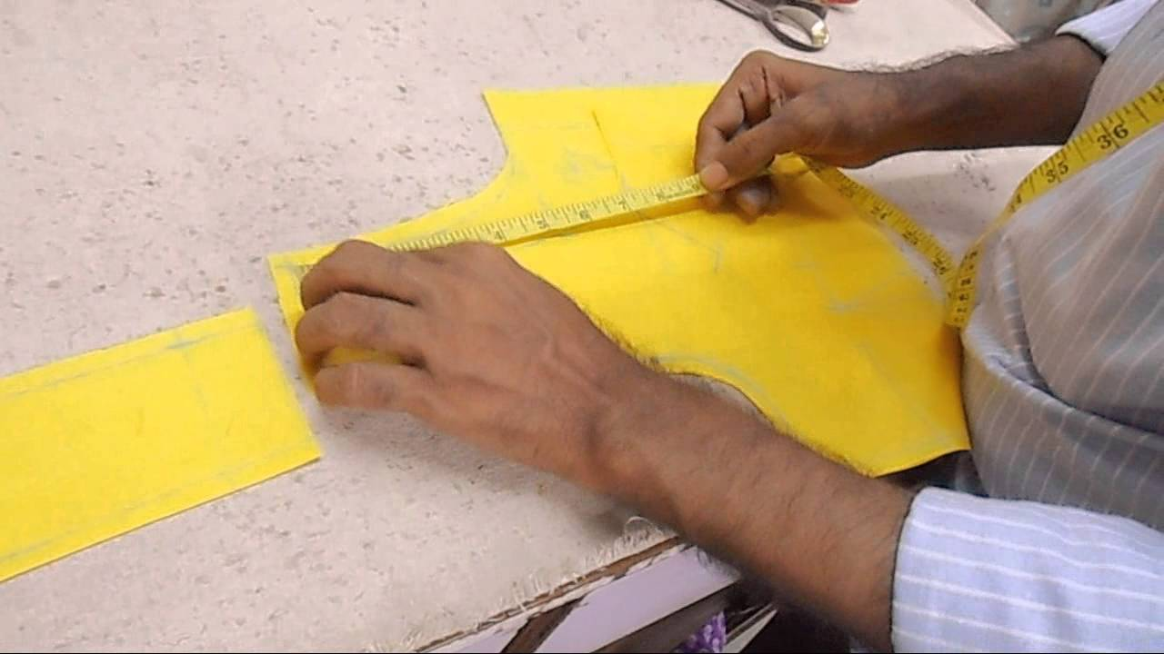 How To Cut Lining Blousesimple Lining Blouse Cuttingcholi Cut Blouse  Cutting Method  Youtube