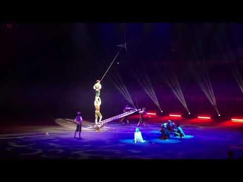 Концертный зал Олимпийский, шоу братьев Запашных «раз два ... четыре пять»