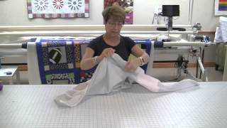 how to attach zippers to your longarm quilt before using an apqs machine at our studio