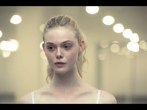 モデルオーディションに挑むエル・ファニングが神秘的で美しいネオン・デーモン本編映像