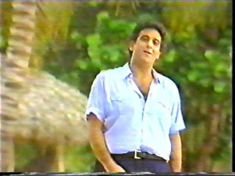 Placido Domingo sings Siboney