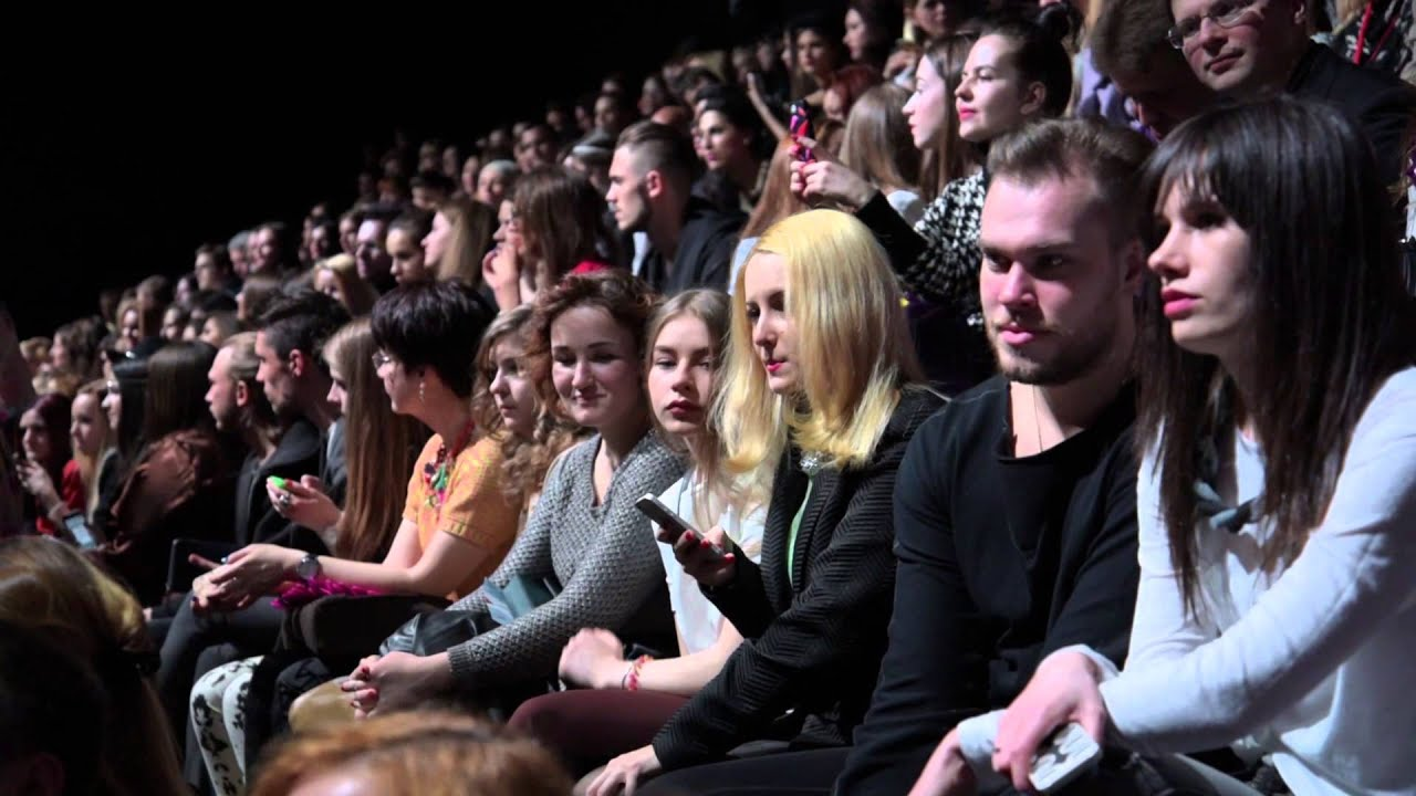 Mercedes benz fashion week moscow youtube for Mercede benz fashion week