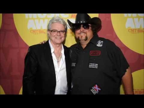 Interview with Russell Hitchcock at the Country Music Awards Music Festival 2011