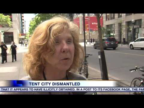 Video: Homeless encampment cleaned out by Toronto city staff
