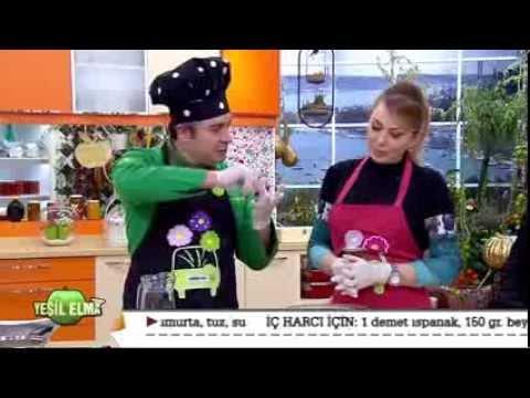 Oktay Usta-Yeşil Elma Peynirli Ispanaklı Ay Böreği Tarifi