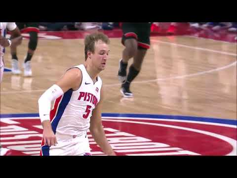 Luke Kennard flips on-the-run, over-the-shoulder alley-oop pass to Thon Maker (video)