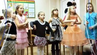 обучение вокалу детей(В основе успеха обучения в эстрадной студии «Натали» - осмысленность учащимися того, чем они занимаются..., 2012-02-02T12:49:46.000Z)