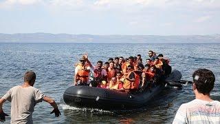 Refugees Present 'Golden Opportunity' for Europe: De Grauwe