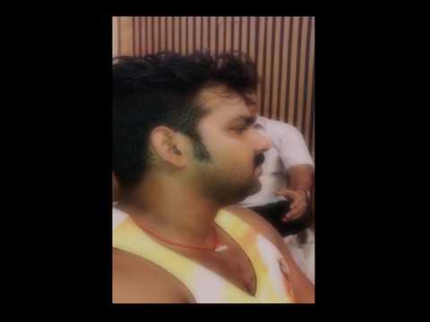 Pawan Singh BUMBHOLE Sawan Song Video