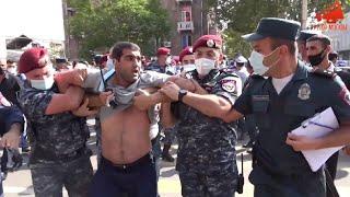 На акции в поддержку Царукяна в Армении прошли задержания полицией