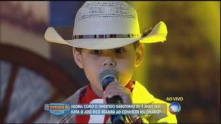 Garotinho realiza sonho de conhecer Milionário e José Rico