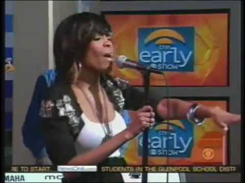 Michelle Williams - We Break The Dawn live @ The Early Show