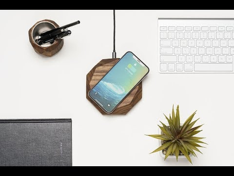 Oakywood Wireless Charger | Mashable Shop