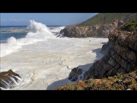 1 hour video of big ocean waves crashing into sea cliffs -  HD 1080P