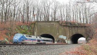 Metro North Holiday Train @ The Oscawanna Tunnels