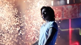 ONE DIRECTION CONCERT FOOTAGE (HARRY STYLES)