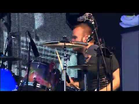 Coldplay - Cemeteries of London (Live @ Pinkpop 2011)