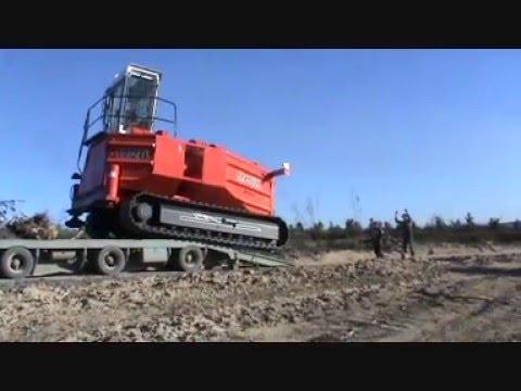 Dennis Hayes Logging - Madill 172 Yarder Arrival -...