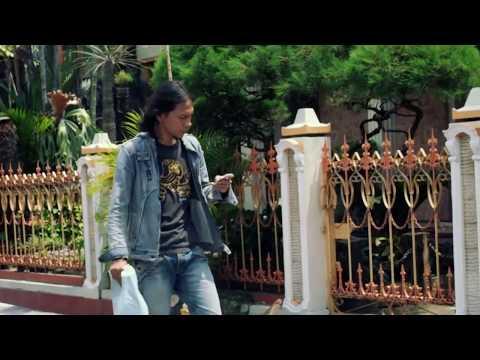 TAUBAT - Ahmad Khazali  | Official Music Video