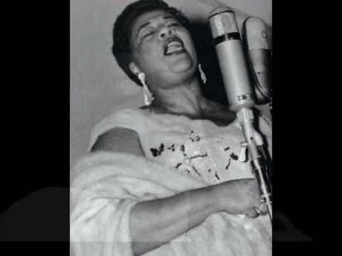 HQ Ella Fitzgerald ~ At the hollywood bowl - I can't give you anything but love..Remastered.