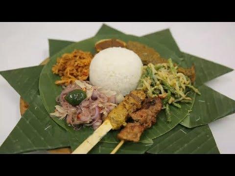 Asiknya Peppy Bisa Ikut Proses Pembuatan Sate Khas Bali