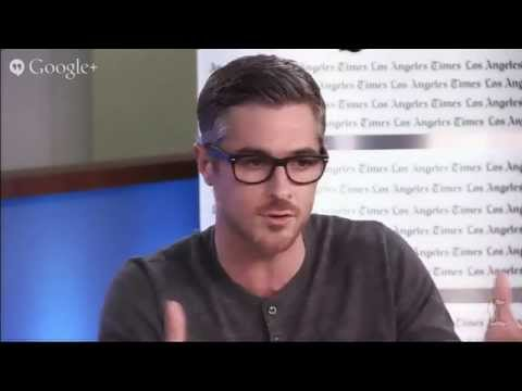 Dave Annable plays the 'hot doc' on 'Red Band Society'