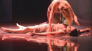Anna Guzik jako Balladyna (Teatr Polski w Bielsku-Białej)