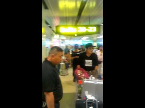 150509 Benny Chan at Changi Airport