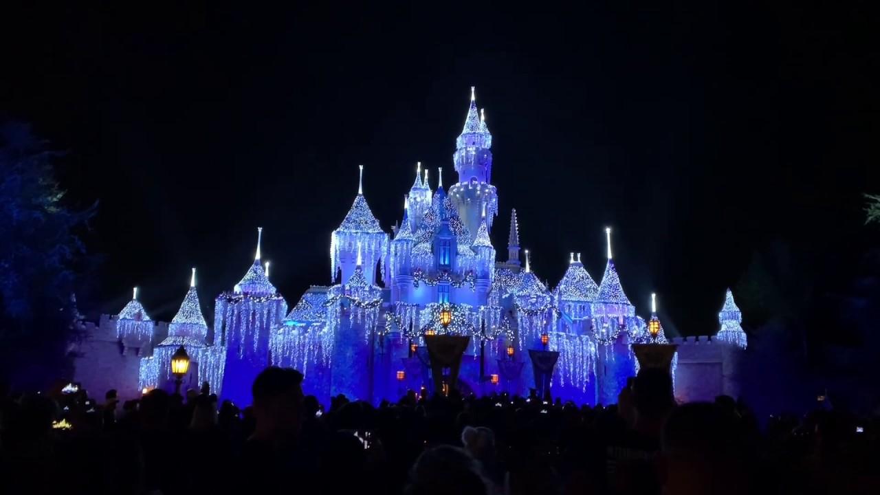 Sleeping Beauty Winter Castle Lighting 2018 Disneyland