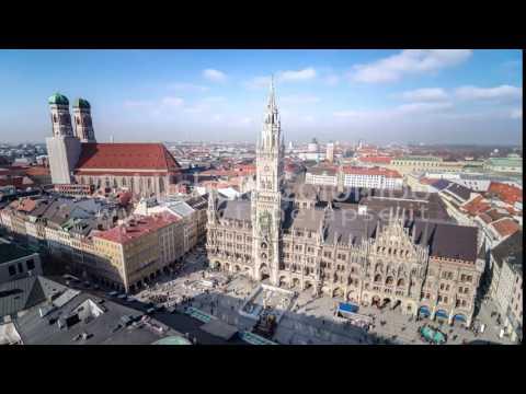 0053 - time lapse - Marienplatz and Neues rathaus in Munich - 4K