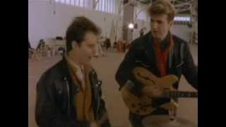 Crowded House - Mean To Me YouTube Videos