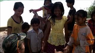 Kinder  - Cycling tour Saigon - Phnom Penh - Bangkok