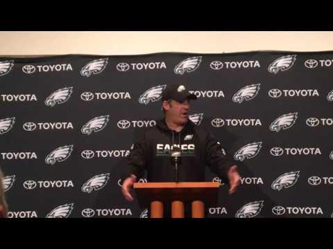 Doug Pederson explains how he can keep Eagles QB Carson Wentz fresh